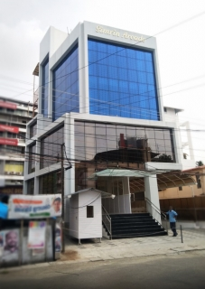 Commercial building for Mr.& Mrs. Paul , Ernakulam
